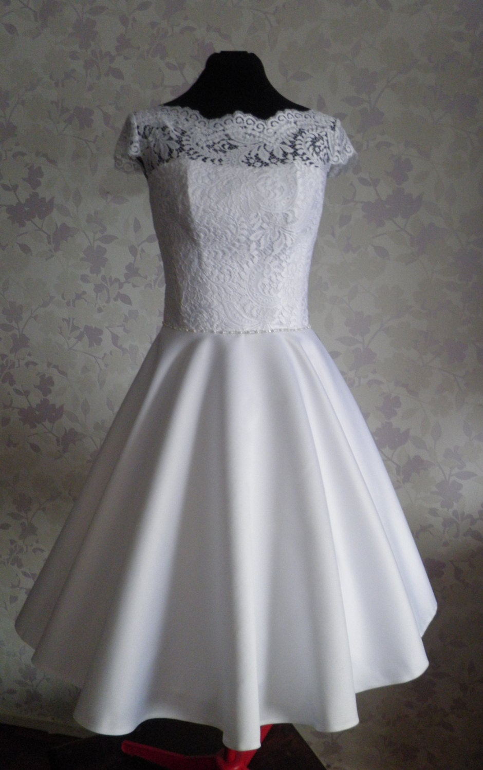 Vintage inspired wedding dress in style of audrey hepburn 1950 for Audrey hepburn inspired wedding dress