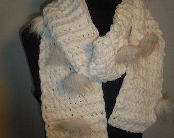 "Scarf chenille wool ""Bunny"""