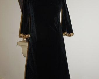 Vintage velvety shift dress with gold beading