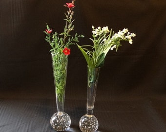 Vintage Pair of Clear Decorative Glass Vases with Ball on the Bottom with Air Bubbles Excellent Condition