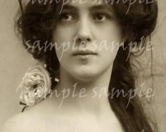 SALE no1039 Instant Download Digital Scan - ANTIQUE Vintage photograph - Queen - Princess - Antique FRENCH Postcard