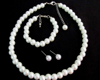 Pearl jewelry set. White Pearl Set White pearl Necklace bridesmaid Flower Girl Baptism Jewelry Set White Necklace Set Free Shipping In USA