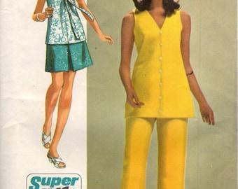 Simplicity 8830 JIFFY Mini Skirt Blouse & Pants VINTAGE ©1970