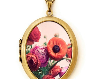 Photo Locket - Pretty Flower Ranunculus English Garden Photo Locket Necklace