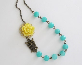 Yellow And Green Nature Inspired Necklace. Yellow Sakura Owl Necklace. Green Glass Beads Necklace