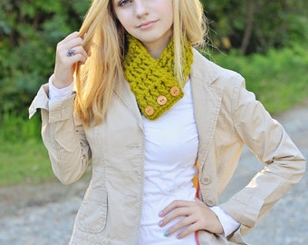 Womens Scarf Lemongrasss Scarf Green Scarf Womens Scarflette Lemongrass Scarflette Green Scarflette Wood Button Cowl Button Scarf Crochet