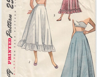 """Vintage Sewing Pattern Beautiful 1940's Ladies Petticoat Simplicity 2424 25"""" Waist - Free Pattern Grading E-book Included"""