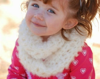 Childs Infinity Scarf - Buttery Soft - Crochet scarf - Toddler Scarf - Ivory Infinity scarf - Winter cowl - Fall cowl - photo prop