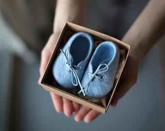 Chaussons bébé douche cadeau nouveau-né grossesse annonce blue Baby merino laine bottillons feutrée eco amicales chaussures bébé garçon chaussures genre révèlent