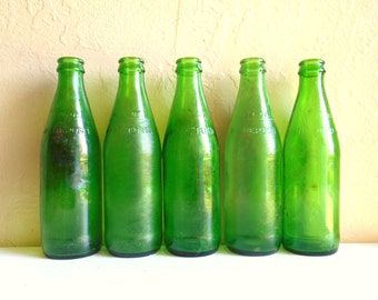 Collection of 8 Vintage Green Glass Soda Pop Bottles Bright Emerald Grass Green 10 fl oz ounces Eight
