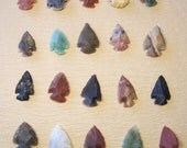 5 small stone arrowheads for wire wrap jewelry pendant - assorted natural raw stones -  agate - brown black green red gray 1/2 to 1 inch