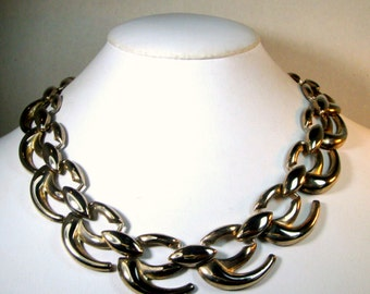EDGY Shiny Silver Linked Necklace 1980s WAVES of CURVES Links, Adjustable Length, So Classy and Classic