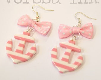 Old School plastic Pin Up- style striped Anchor Earrings, light pink