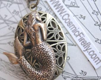 New Antiqued Brass Mermaid Locket Necklace Mermaid Necklace Vintage Style Brass Oval Locket Gothic Victorian Locket Rustic Steampunk Locket