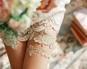 Gold lace garter set, garter wedding, gold bridal garter set, gold wedding linegerie, gift for her - style 495