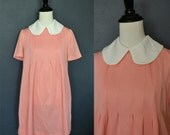 1970's Peach Maternity Dress with Peter Pan Collar / Tent Dress with Round Collar / size medium