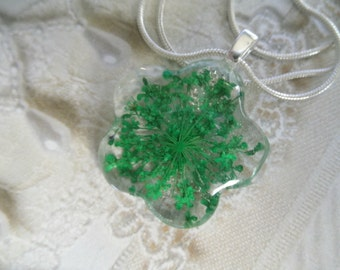 Green Queen Anne's Lace Glass Flower Shaped Pressed Flower Pendant-A Wish For Peace-Symbolizes Peace-Nature's Wearable Art-Gifts Under 25