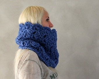 Chunky Cowl Scarf / Chunky Knit Cowl / Blue Cowl Scarf / Girlfriend Gift / Infinity Scarf / Circle Scarf / Blue / Gift for Her / Womens Gift