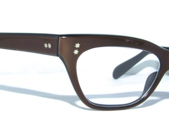 1950s CATEYE / CATSEYE  SUNglasses,/  New Clear cr 39  Lens / Ready to wear/ FRANCE A Paris brand