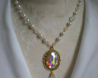 Princess Pearls & Gem Necklace White and Gold Vers.