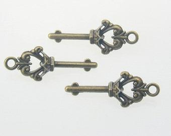 5 pcs Zinc Brush Brass Antiques Vintage Keys Charms Decorations Findings 13x36 mm. Key Br 1336 180 CHM BC