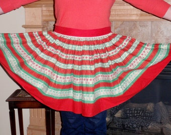 Christmas party apron bright colors vintage sixties gold accents
