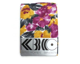 Euro Duvet and Sham Abstract Floral Print in Magenta and Mustard - For Single Bed - German Packaging