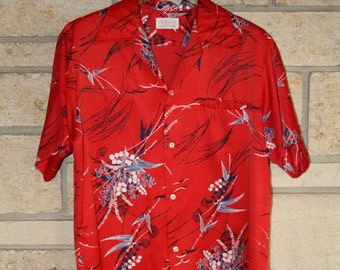 Vintage Aloha Shirt / McLnerny Red Bamboo Aloha Hawaiian Shirt