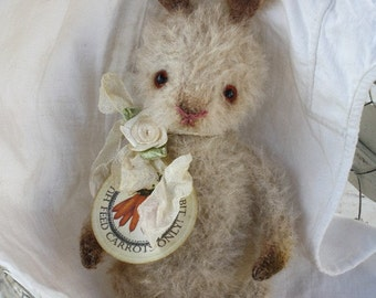 Pattern for bunny faith,  well aged little bunny. sewing pattern and instructions in PDF format.
