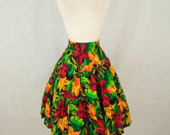 Tropical Floral Print Square Dance Skirt // 1950s Tiered Ruffled Sz. S