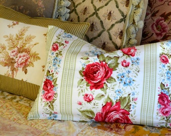 Red Rose Pillow Cover, Pillow Insert included