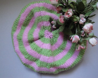 Vintage Handmade Wool Knit Green Pink Stripes Baby Girl Hat Newborn 3-6 Months Nursery Baby Clothes Accessories 93