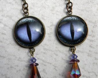 Dragon Eye Earrings - Lavender  Dragon - Smaug - Purple Dragon Eye Earrings - Plum  Dragon Eye Jewelry