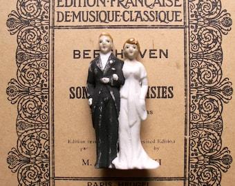 Vintage Wedding Cake Topper - Porcelain Bride and Groom - Made in Occupied Japan