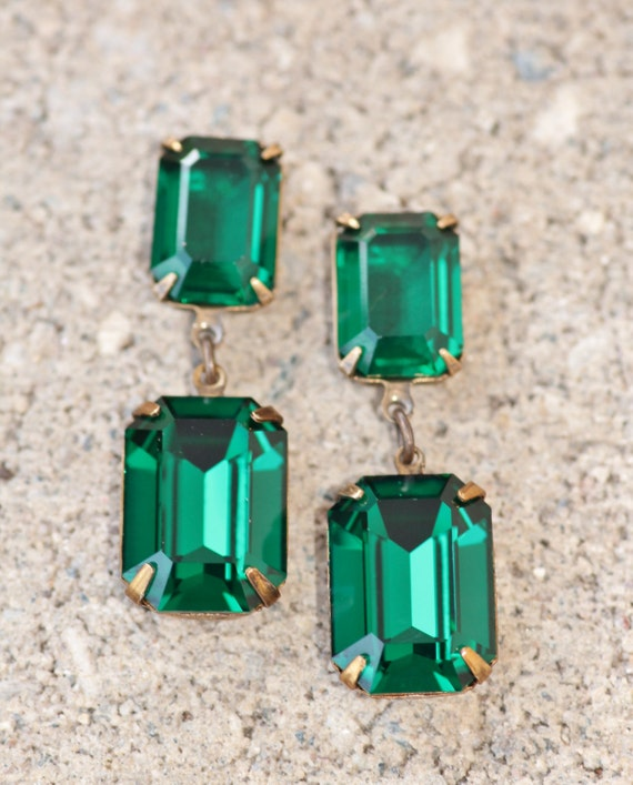 7321cc41eb5bd Emerald Earrings For Sale: Long Swarovski Rectangle Drop Earrings ...