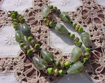 Vintage Jade and Olivine Lush Drop Lucite Necklace