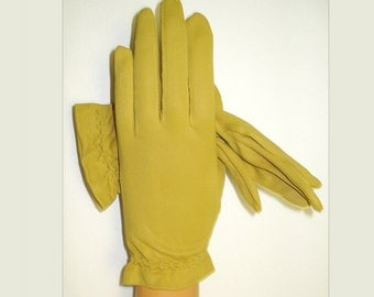 Vintage 1950s Gloves  . Western Germany  . Rockabilly .  Mod  . Gown Wedding Garden Party Mad Men Cocktail Prom