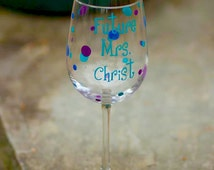 Future Mrs. wine glass, peacock theme wedding colors for bride bridal shower gift idea. Teal, royal and purple. Personalized wine glass gift