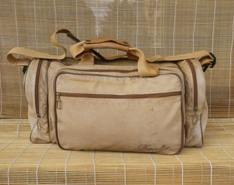 Vintage Medium Size Tan beige Leather Weekend Travel Bag Duffel Bag