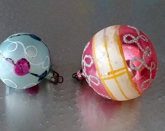 2 Vintage Pastel Color Glass Ornaments Pink Blue Poland Australia FREE SHIPPIING - order 3 or more Christmas  listings