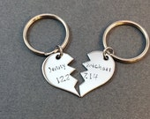 Personalized Broken Heart Keychains, Name Date Keychains, LDR gift, Couples Keychains, Wedding Date,Anniversary Date,Long Distance Gift