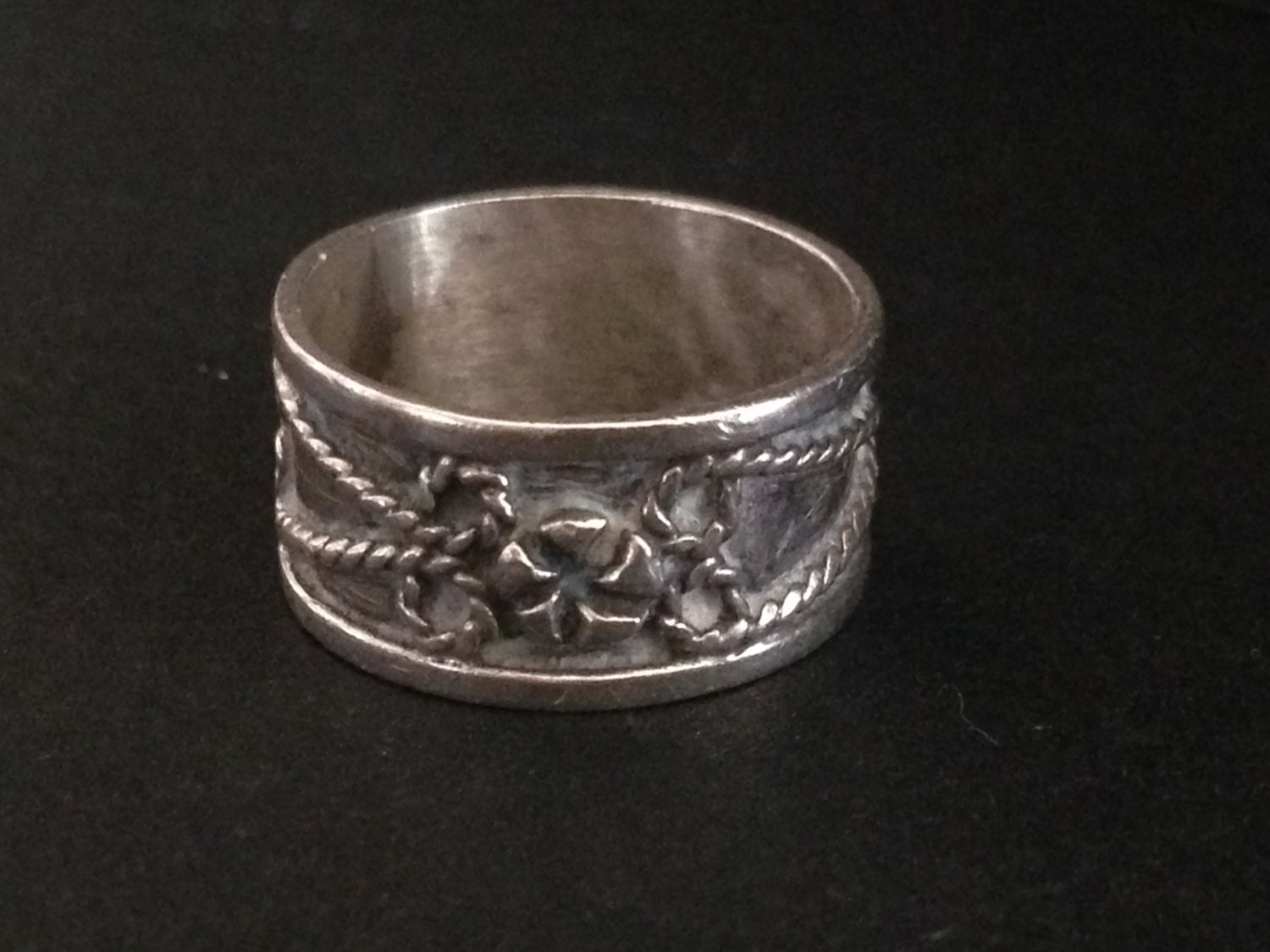 vintage taxco sterling silver band friendship ring