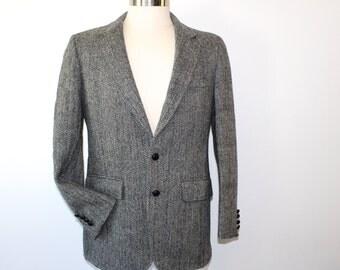 HARRIS TWEED Mens Blazer Wool Jacket Sport Coat Herringbone M 40R Charcoal Grey 80s 1980s Fall Fashion Winter Fashion