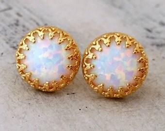 Opal earrings, White opal stud  earrings, Opal stud earrings, October birthstone earring, Bridal jewelry, Bridesmaid gifts, Gold or silver
