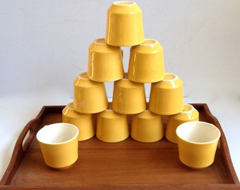 Yellow Cups : Set of 12