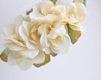 Wedding Hair Accessories, Flower Hair Comb, Cream Flower Hairpiece, Rustic Bridal Hair Comb, Bridal Wedding Floral Headpiece, Hydrangea Comb