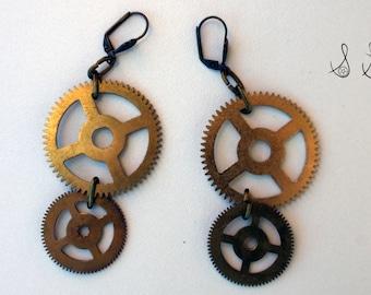 SALE: Gear Dangling Earrings