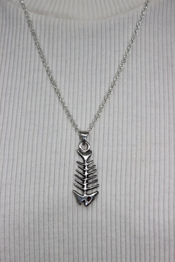Antiqued sterling silver fish bone pendant necklace for Fish bone necklace