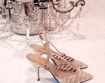 1940s heels // 1940s shoes // Gold heels // gold shoes // 1950s heels // 1950s shoes //