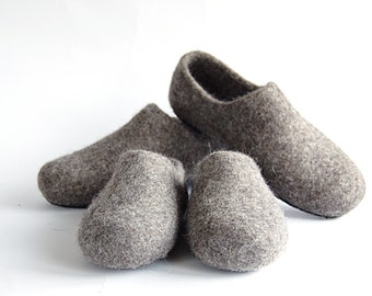 Set of felt slippers - children and grownup woolen clogs - handmade natural organic wool slippers - father and son set - mother and daughter